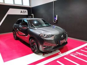 DS-3-CROSSBACK-1_2-TurboBenzina-100cv-SO-CHIC-OPERA-LEGA-18-KM-ZERO-Grigio-23950-9